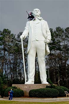 Oola on Sam Houston's shoulder