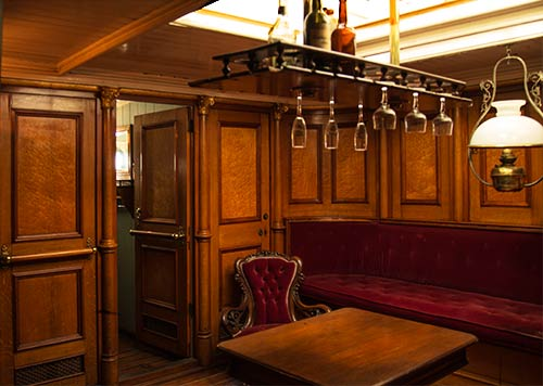 Captain's Sitting Room