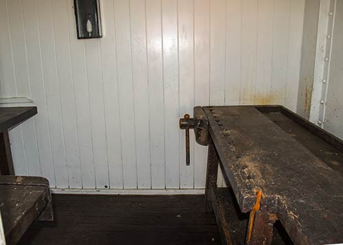 Ship's carpenter's bench